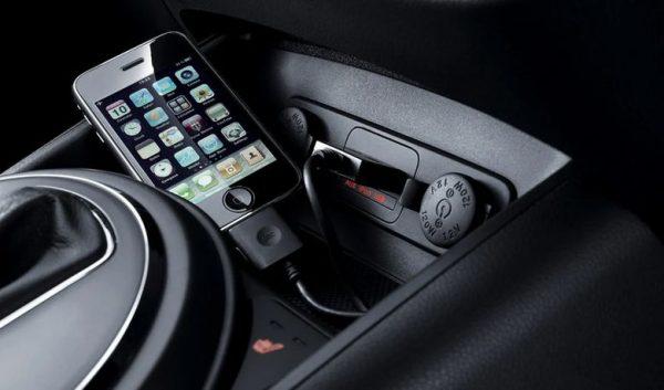 Как включить музыку через usb в машине